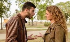 占有欲强的男朋友的7个迹象以及如何对付他